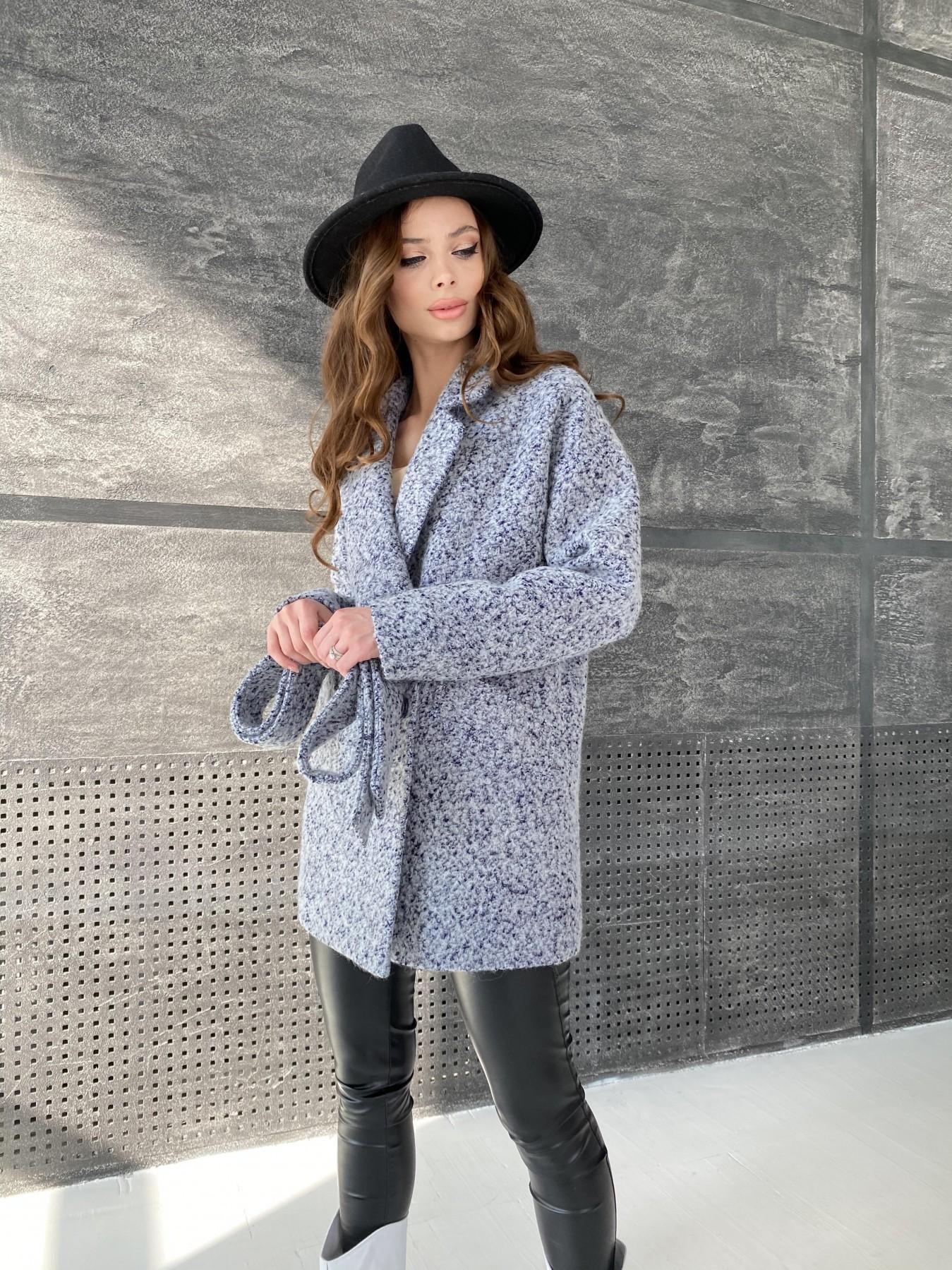 Демисезонное пальто от производителя Modus Бонд пальто из шерсти букле  10770