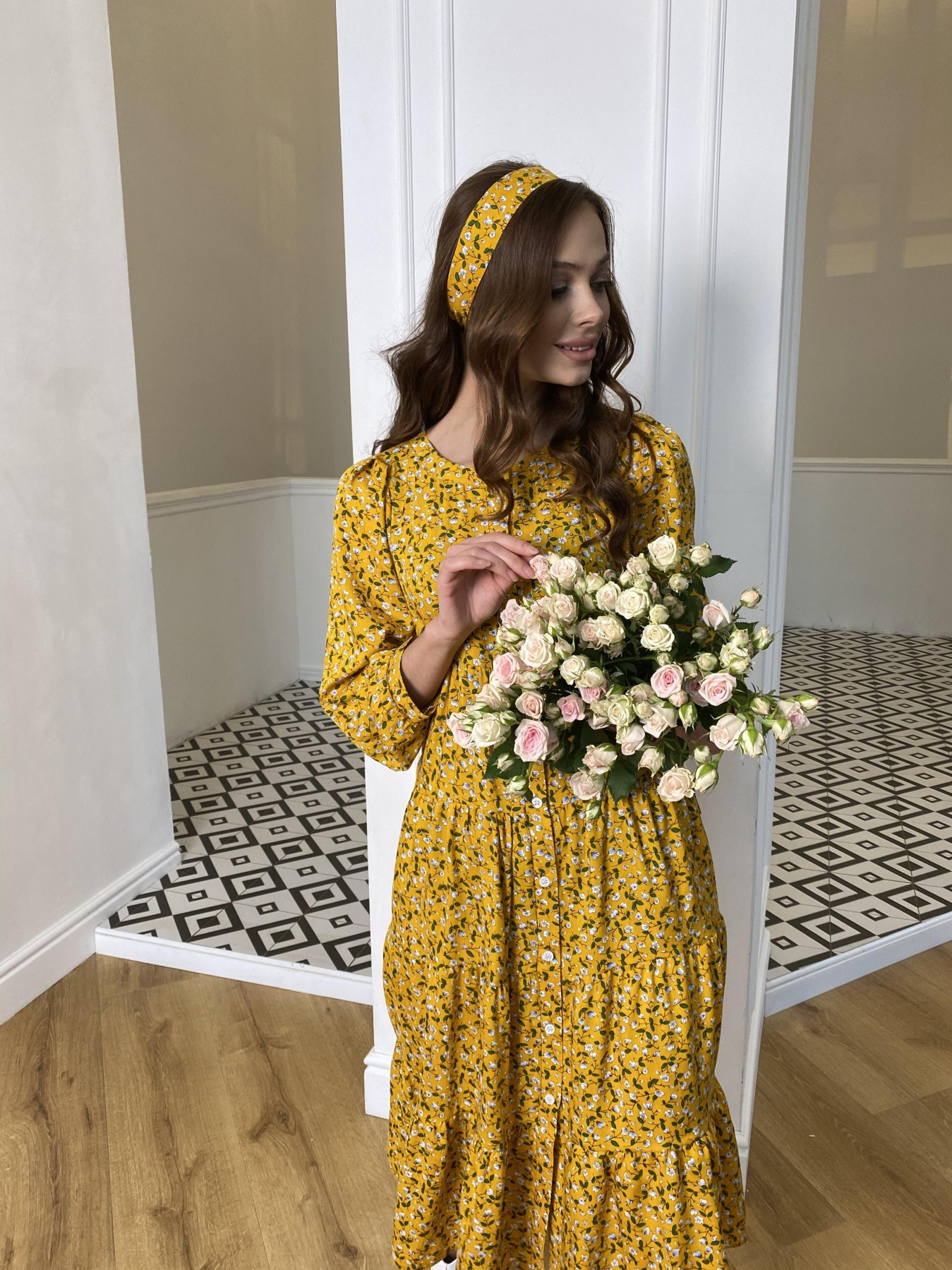 Берри платье  штапель принт 10872 АРТ. 47341 Цвет: Цветы мел горч/бел/гол - фото 4, интернет магазин tm-modus.ru