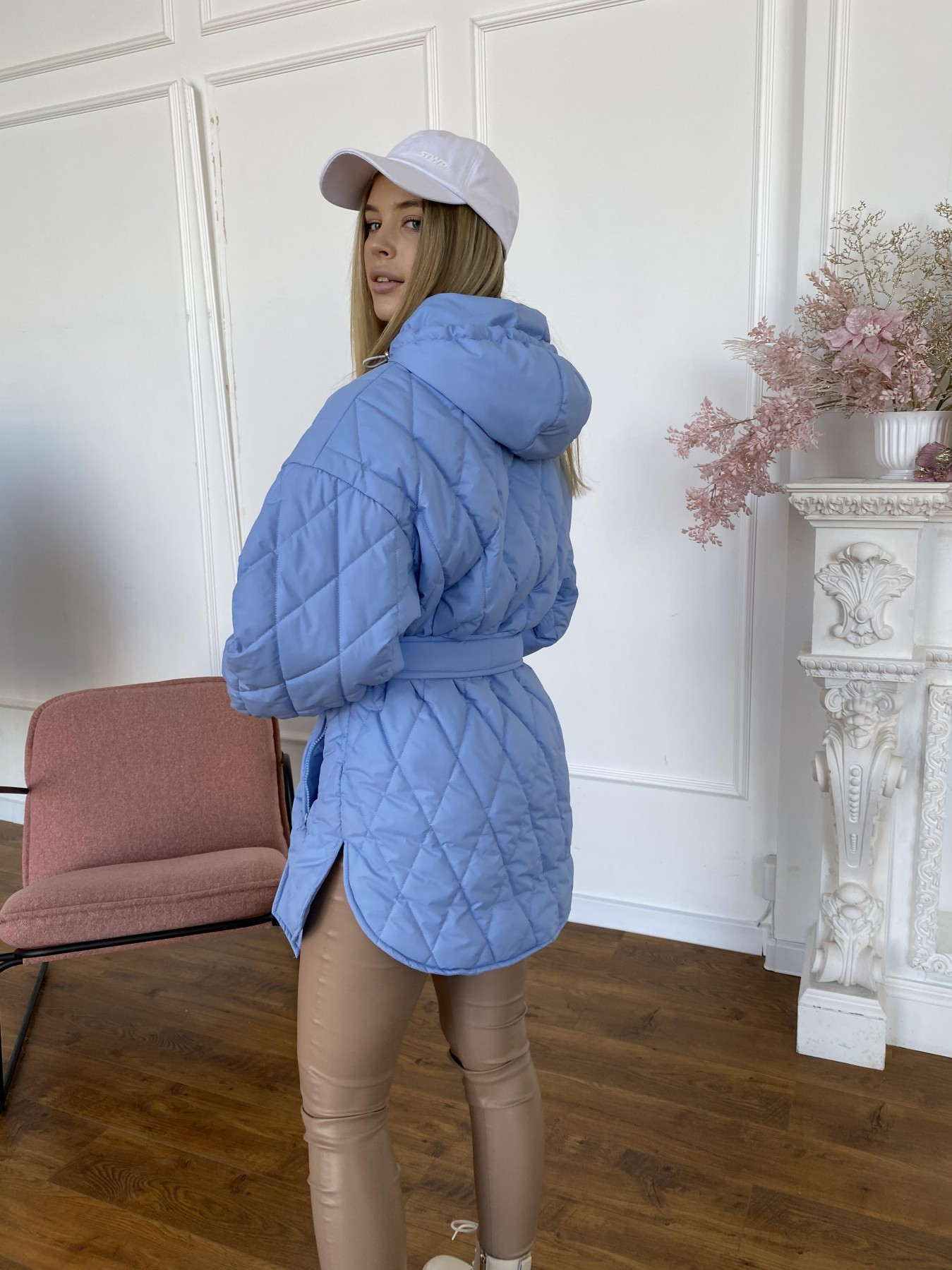 Пазл стеганая куртка из плащевки 10890 АРТ. 47424 Цвет: Голубой - фото 10, интернет магазин tm-modus.ru