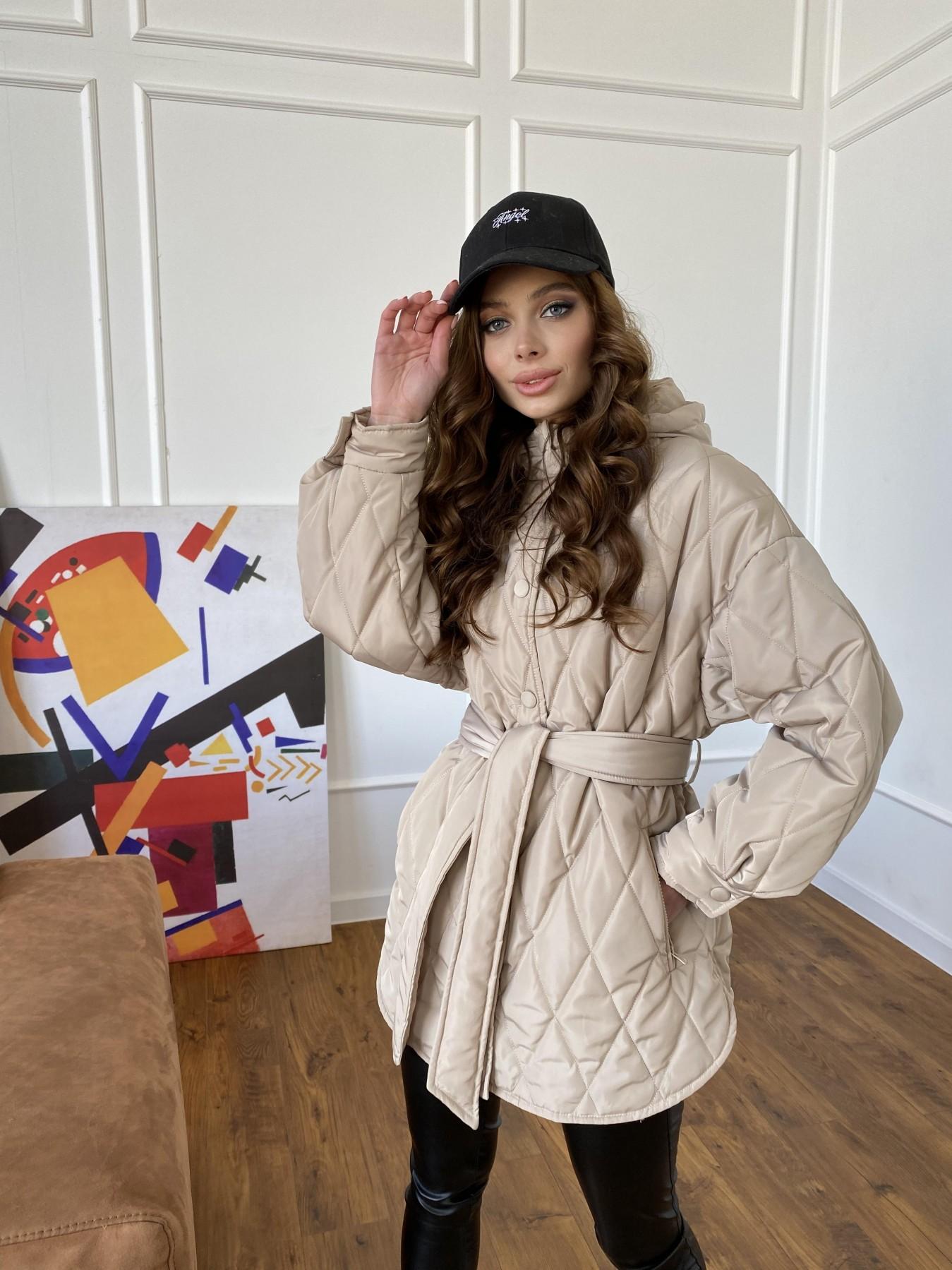 Пазл стеганая куртка из плащевки 10890 АРТ. 47449 Цвет: Бежевый - фото 10, интернет магазин tm-modus.ru