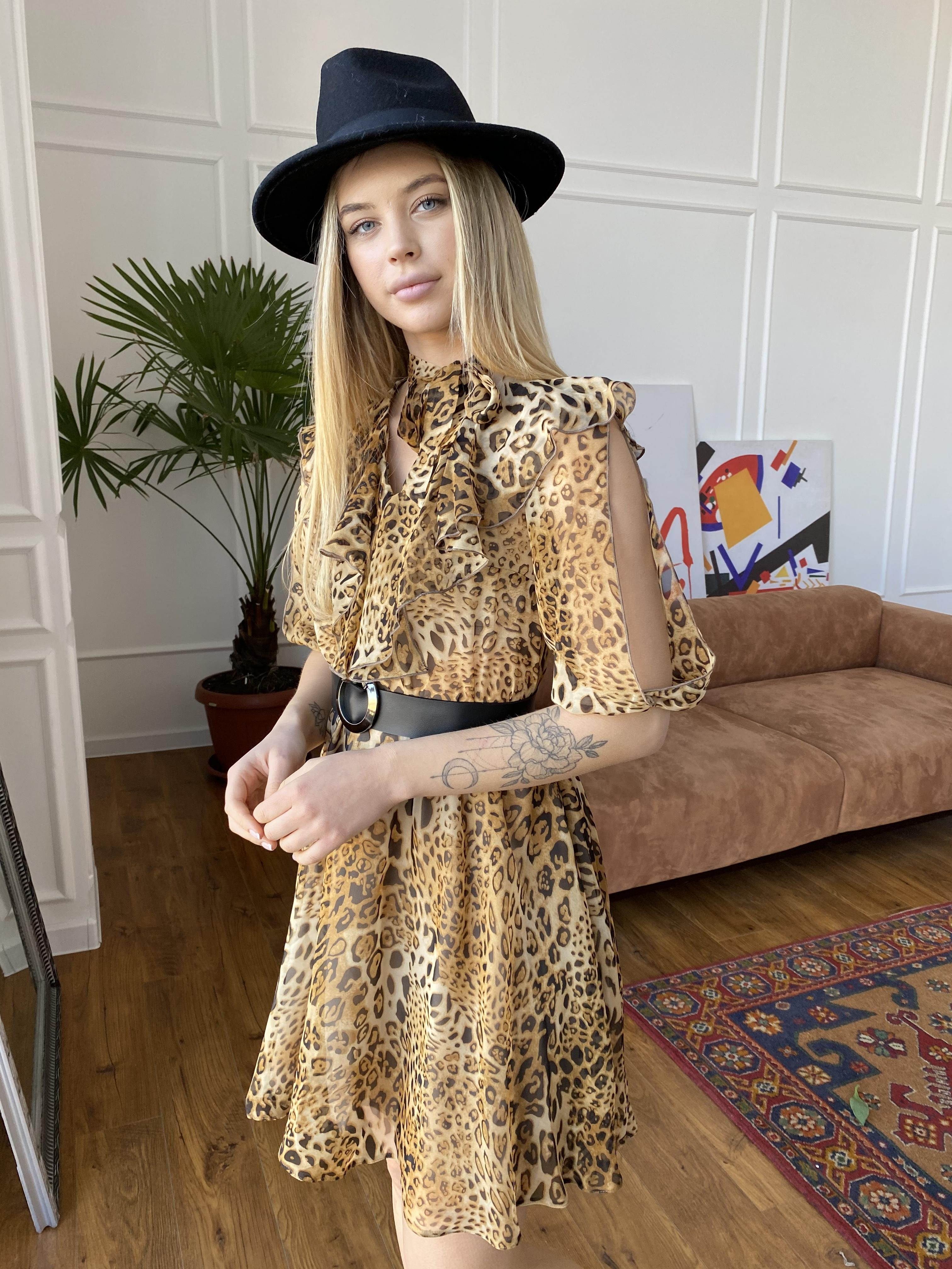 Купить платья в интернет магазине Блюз платье в леопардовый принт 7093