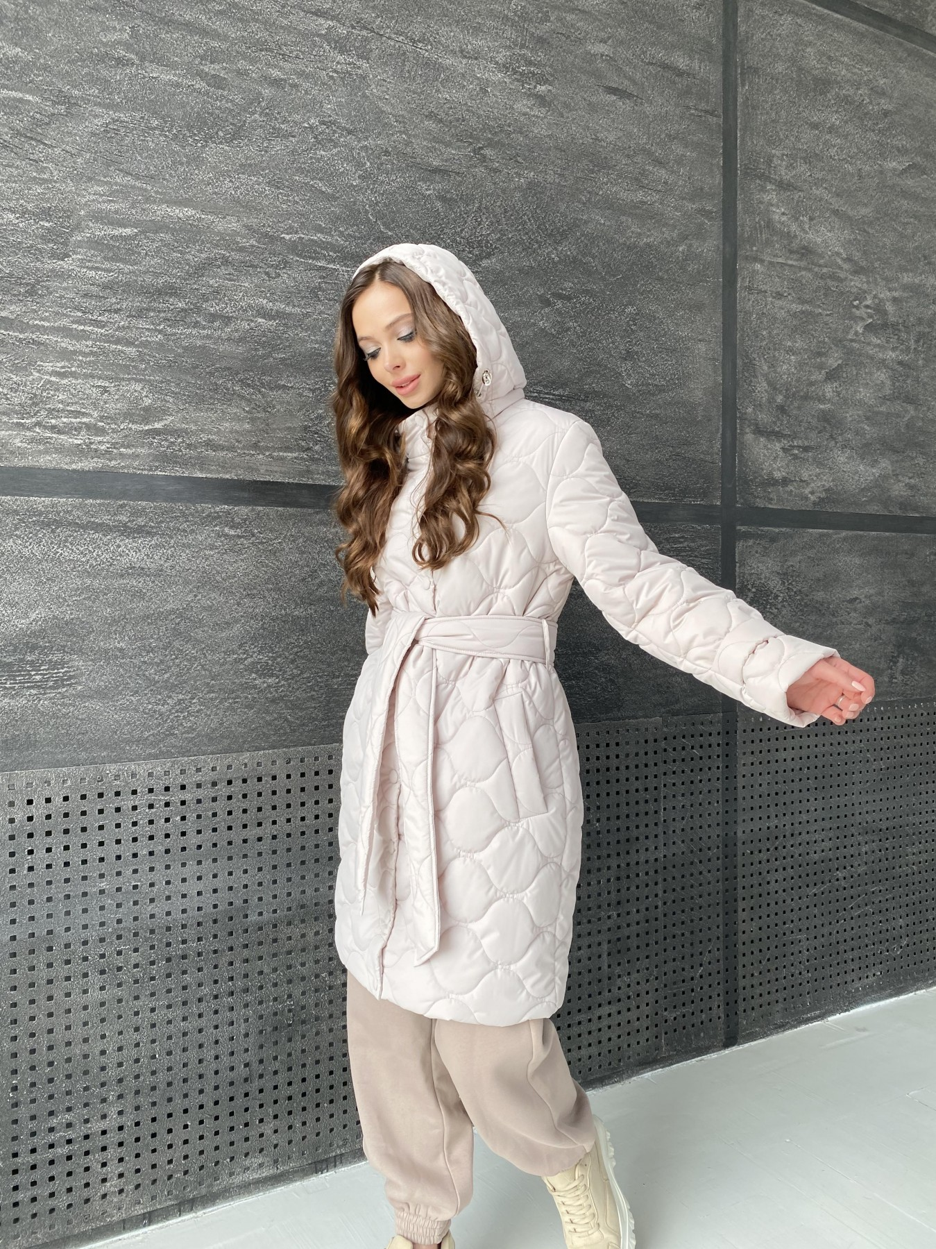 Виза ЗИГЗАГ стеганая куртка из плащевой ткани 11016 АРТ. 47517 Цвет: Бежевый 970 - фото 7, интернет магазин tm-modus.ru