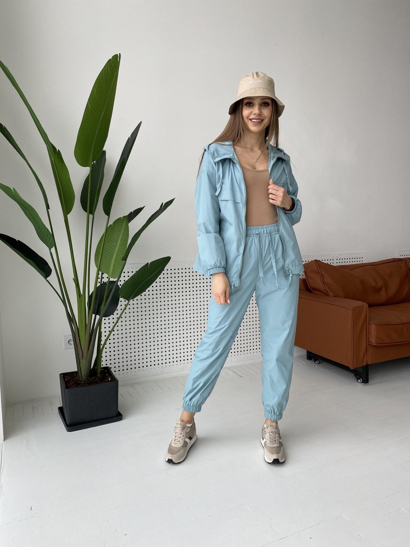 Купить женские костюмы оптом  Фит костюм  из плащевой ткани Astra 11052