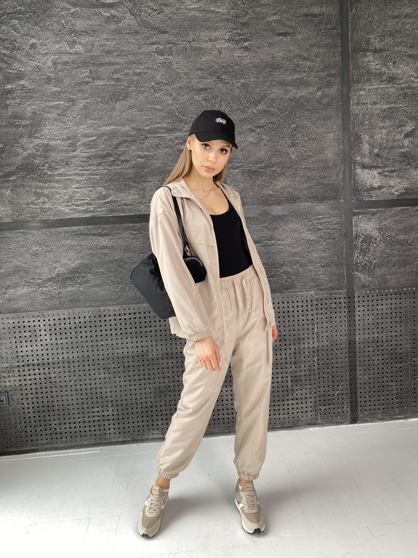 Фит костюм из плащевой ткани 11005 АРТ. 47502 Цвет: Бежевый - фото 2, интернет магазин tm-modus.ru
