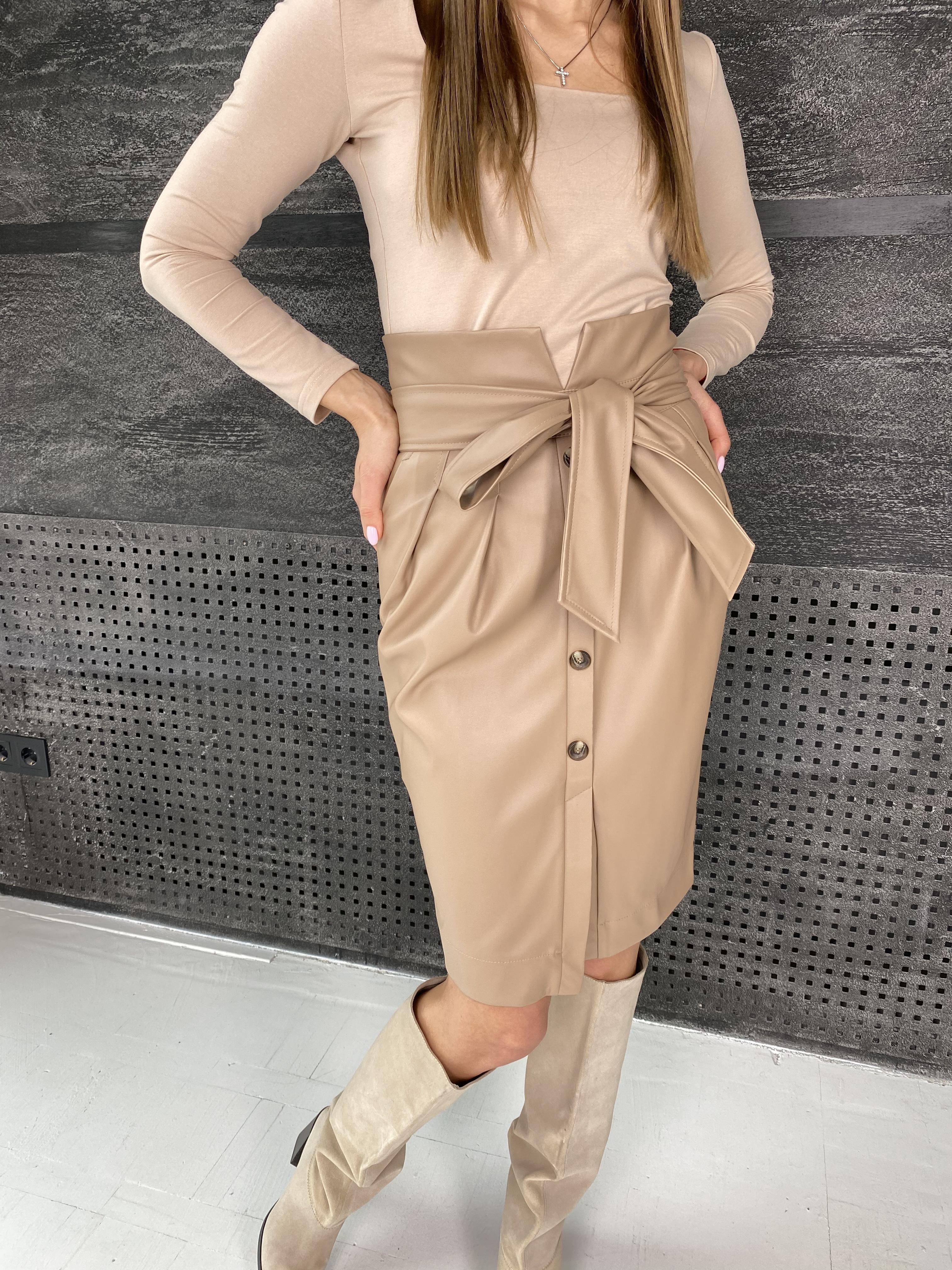Марси юбка из экокожи 7913 АРТ. 46105 Цвет: Бежевый - фото 3, интернет магазин tm-modus.ru