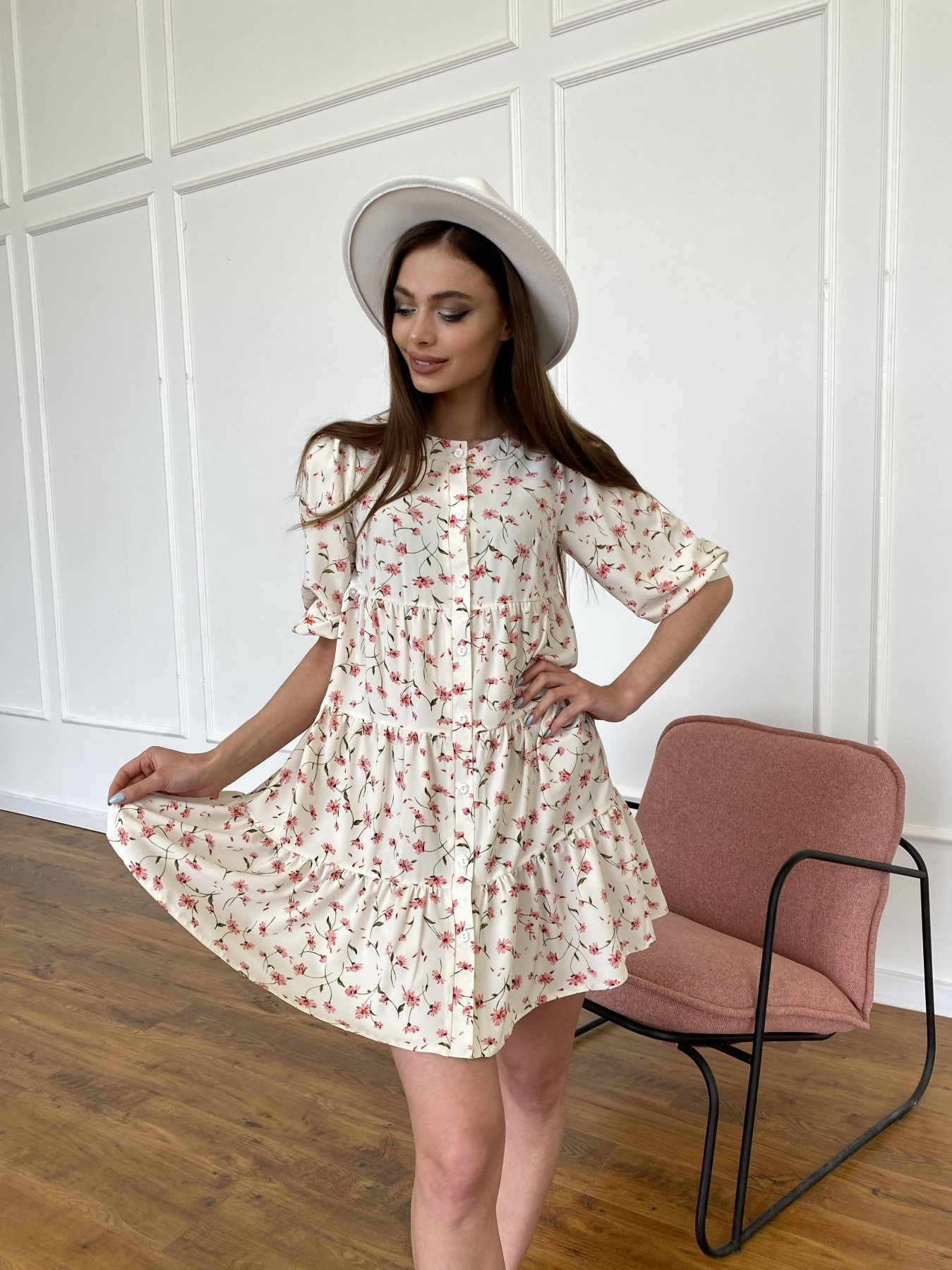 Берри платье из ткани софт в принт 11211 АРТ. 47724 Цвет: Молоко/розовый, Цветы - фото 2, интернет магазин tm-modus.ru