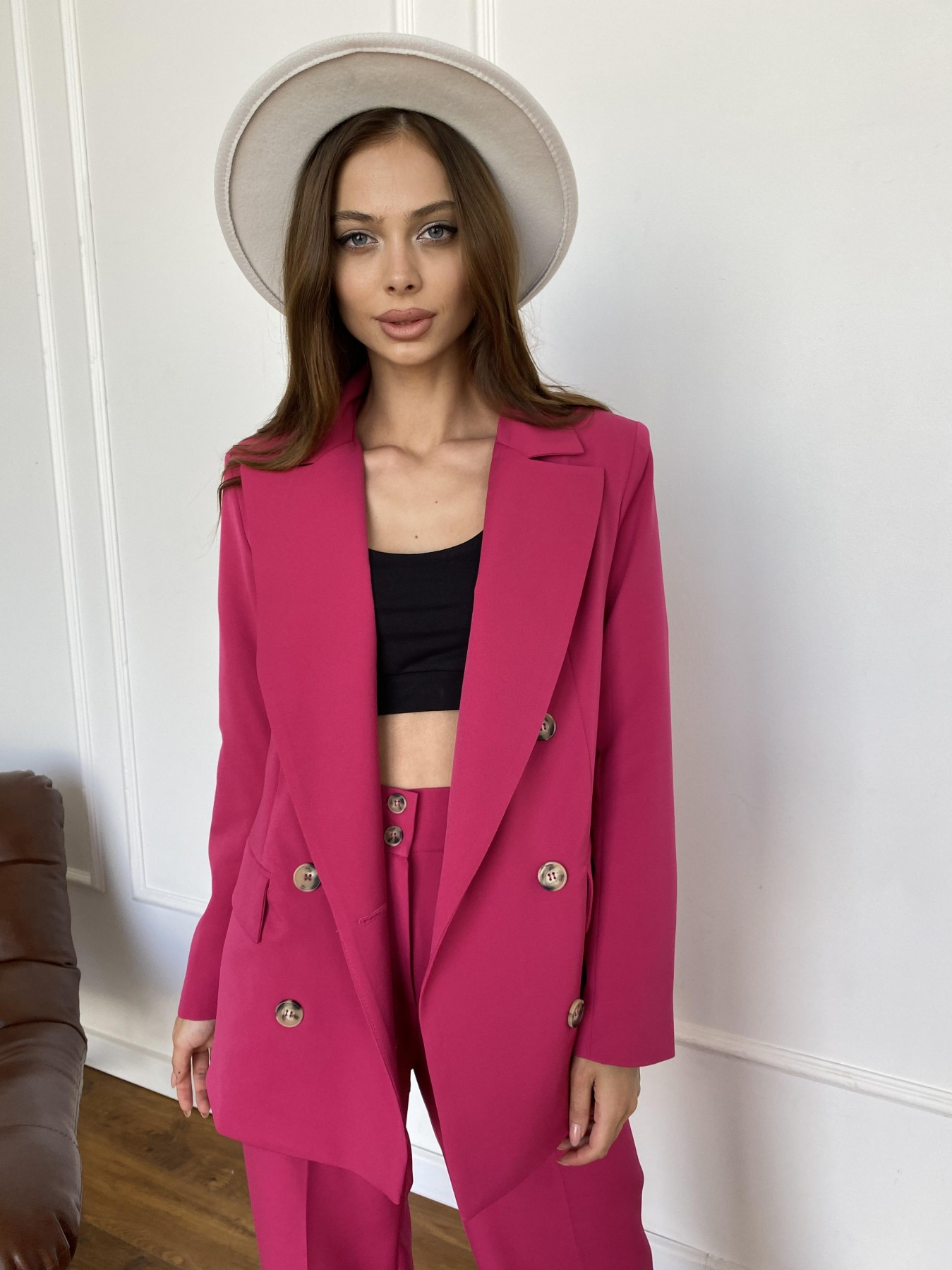 Белисимо  костюм стрейч из костюмной ткани 11217 АРТ. 47818 Цвет: Малиновый 2 - фото 1, интернет магазин tm-modus.ru