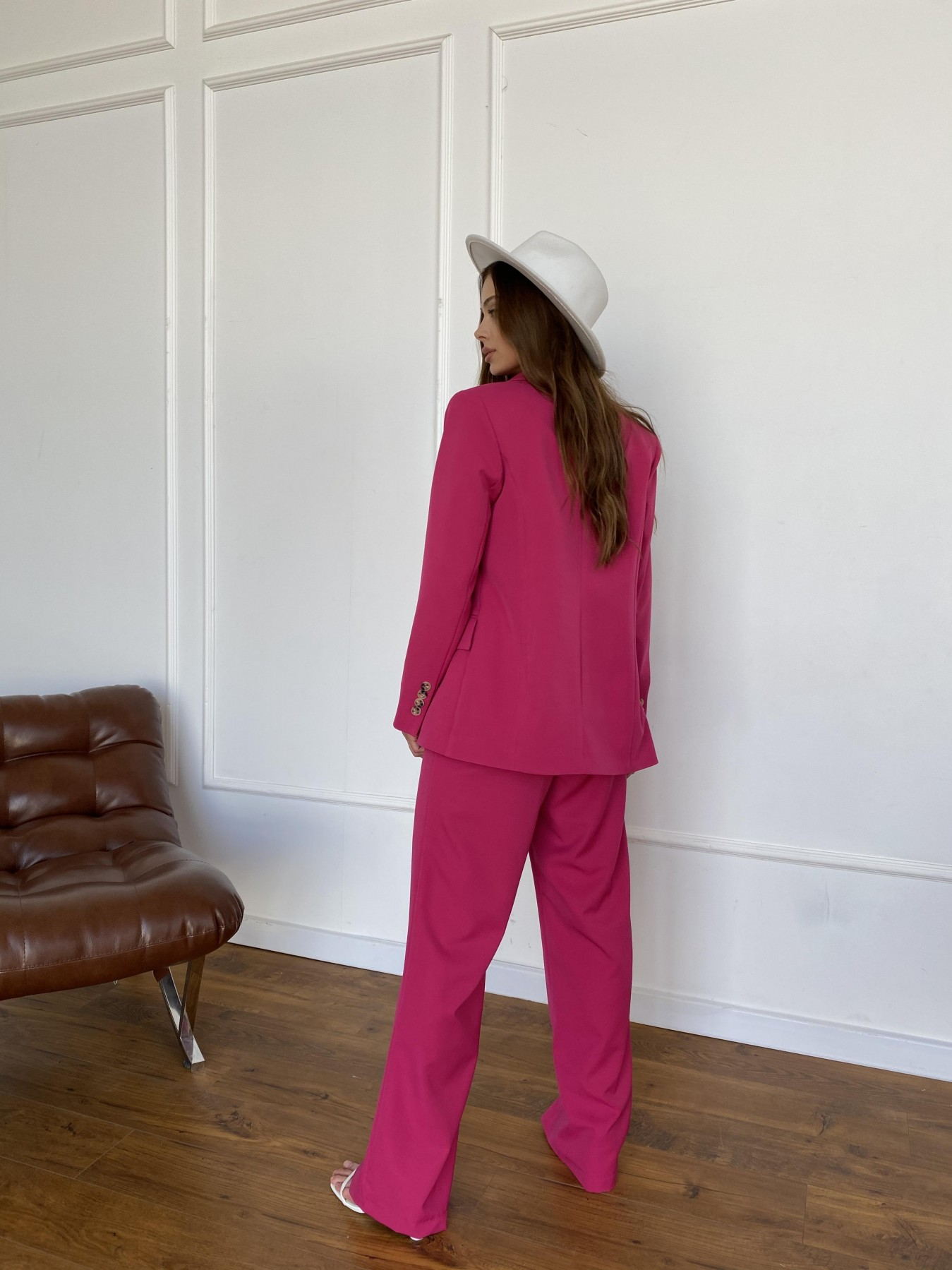Белисимо  костюм стрейч из костюмной ткани 11217 АРТ. 47818 Цвет: Малиновый 2 - фото 6, интернет магазин tm-modus.ru