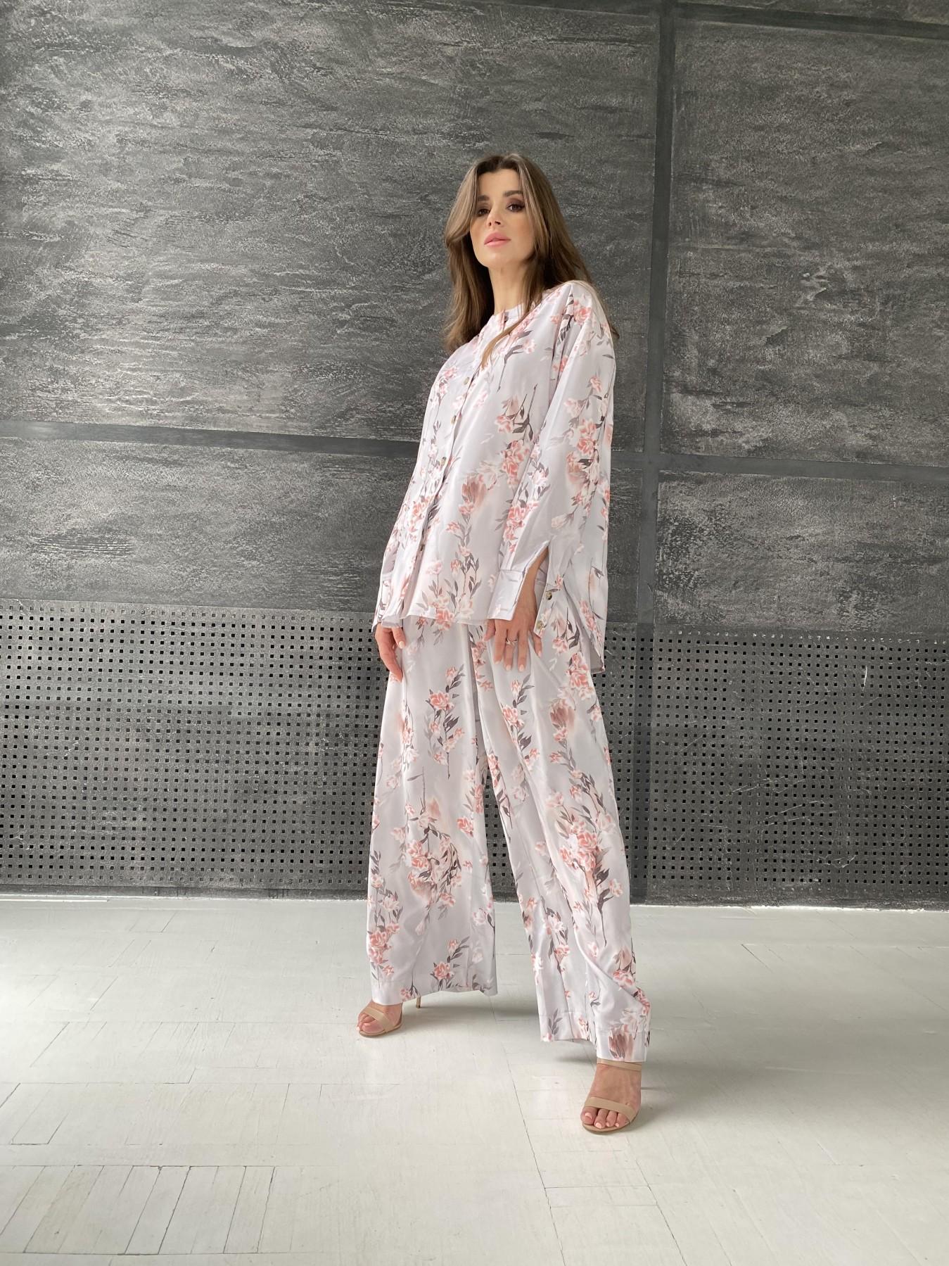Колибри костюм софт с принтом 11244 АРТ. 48240 Цвет: Цветы на ветке серый/пудра - фото 1, интернет магазин tm-modus.ru