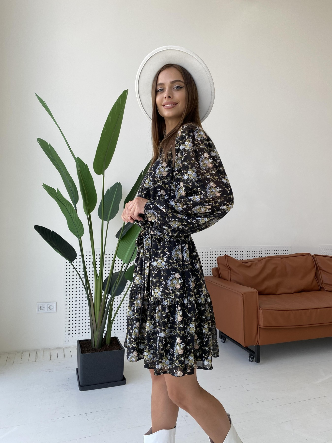 Молизе платье из шифона длиной мини с длинным рукавом в цветочной расцветке 11683 АРТ. 48411 Цвет: Черный/беж/голубой/БукетЦв - фото 5, интернет магазин tm-modus.ru