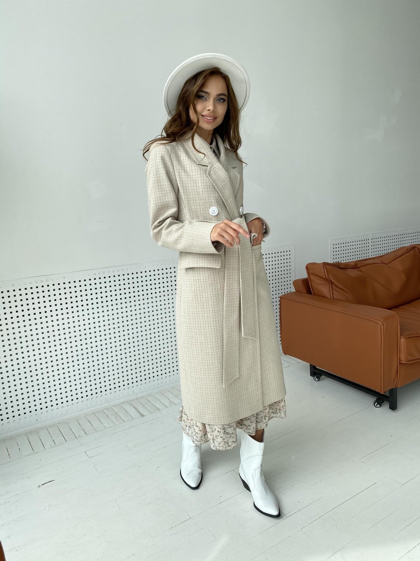 Статус пальто из тонкого кашемира в клетку 11780 АРТ. 48520 Цвет: Бежевый/молоко/КлетМел - фото 4, интернет магазин tm-modus.ru